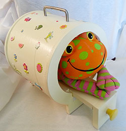 Felix-the-Frog-and-MRI-Scanner-2